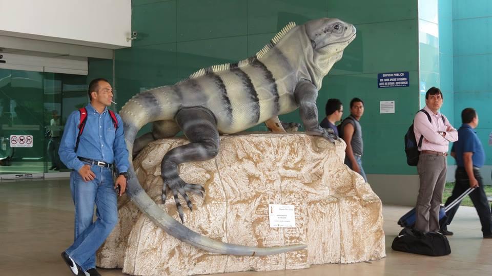 estatuaaeropuertodeyucatan